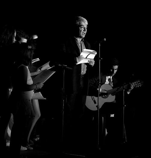 poemas para guitarra sola (lectura) 25-9-09 Foto J.G.