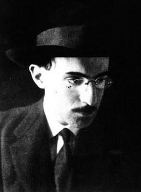 Fernando Pessoa en 1915