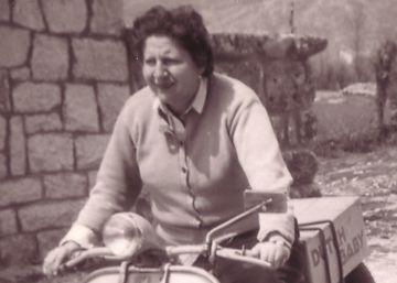 Gloria Fuertes (años 40)